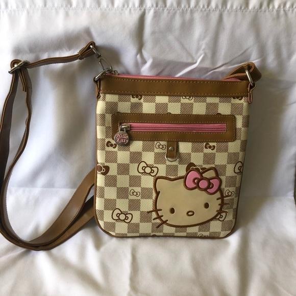 Hello Kitty Handbags - EUC Checkered Hello Kitty Crossbody Bag 239636a3d9